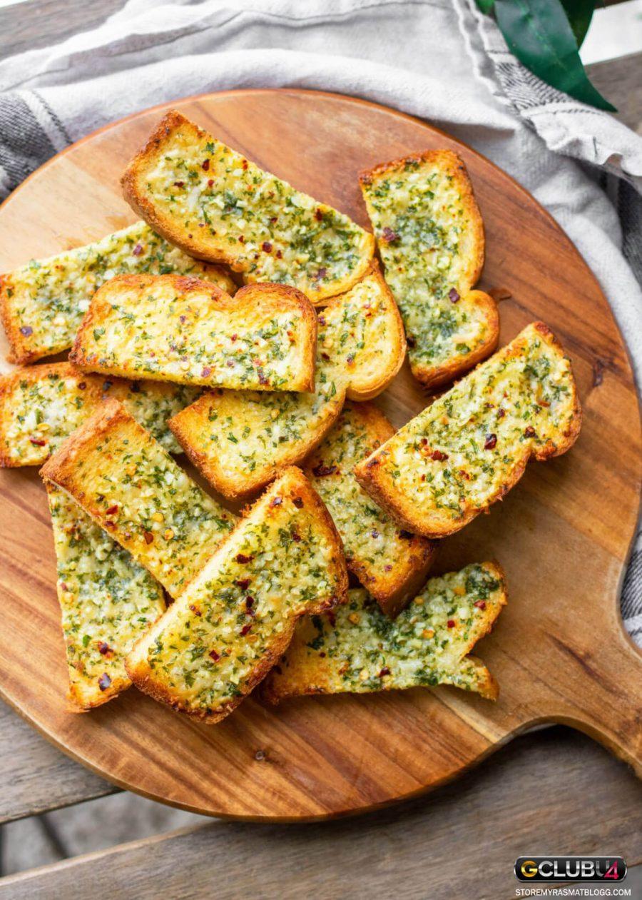 ขนมปังกระเทียม โฮมเมด